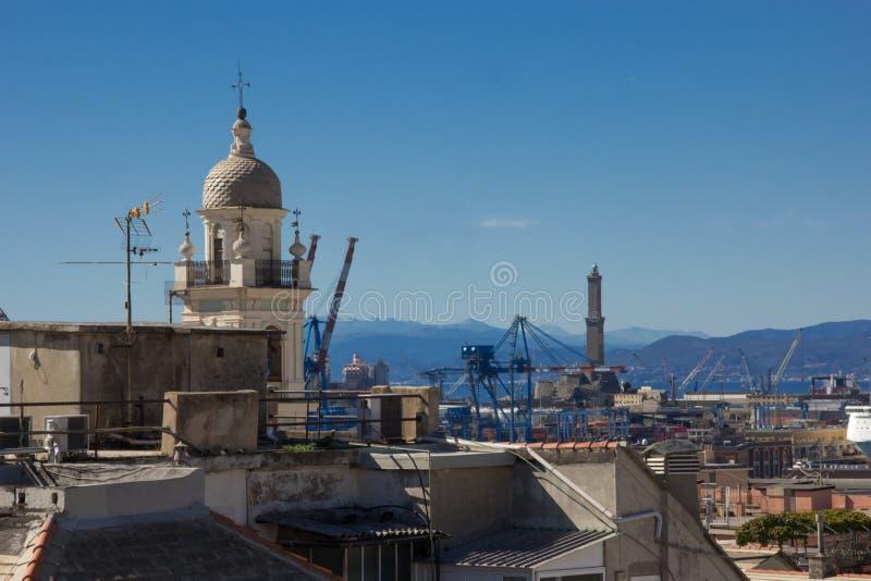 Panorama dei tetti di Genova fotografie stock