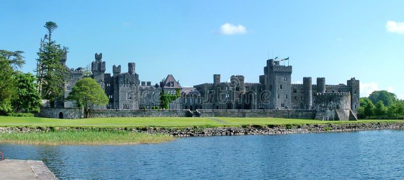 Panorama del castello medievale di Ashford fotografia stock libera da diritti
