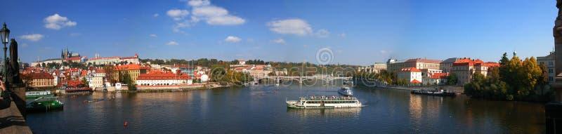 Panorama del castillo de Praga fotos de archivo