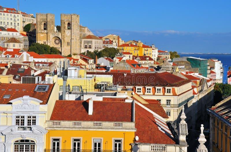 Panorama del centro de ciudad de Lisboa imagenes de archivo