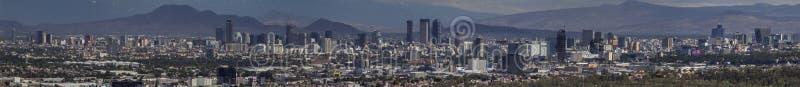 Panorama del horizonte de Ciudad de México imagenes de archivo
