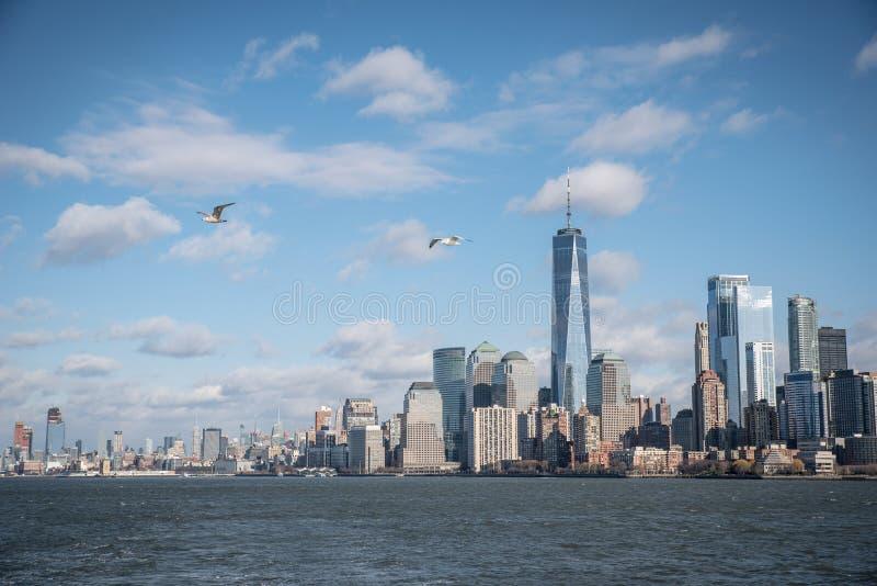 Panorama del horizonte de New York City del Lower Manhattan de Hudson River, New York City, los E.E.U.U. imagen de archivo libre de regalías