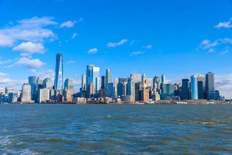 Panorama del horizonte de New York City del Lower Manhattan de Hudson River, New York City, los E.E.U.U. foto de archivo
