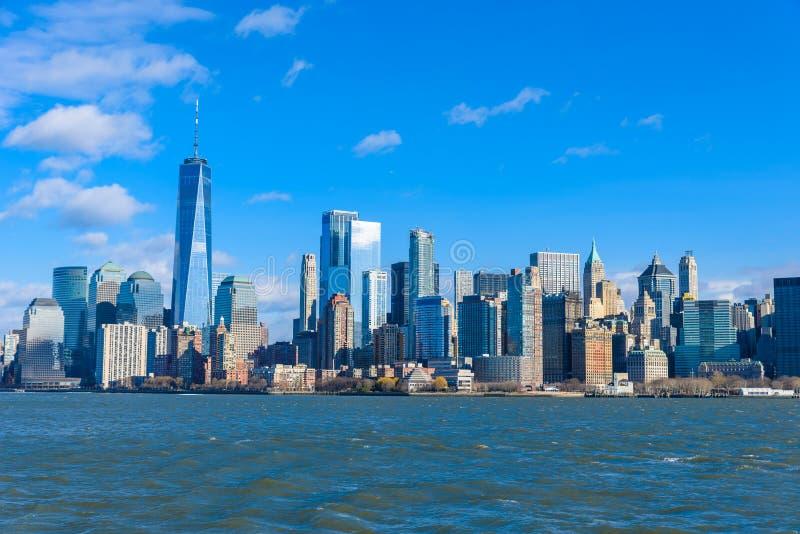 Panorama del horizonte de New York City del Lower Manhattan de Hudson River, New York City, los E.E.U.U. fotografía de archivo libre de regalías