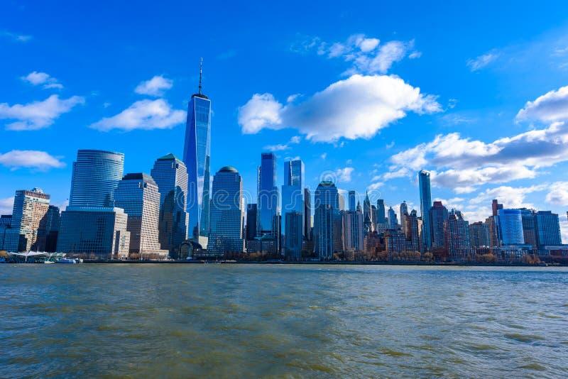 Panorama del horizonte de New York City del Lower Manhattan de Hudson River, New York City, los E.E.U.U. fotos de archivo