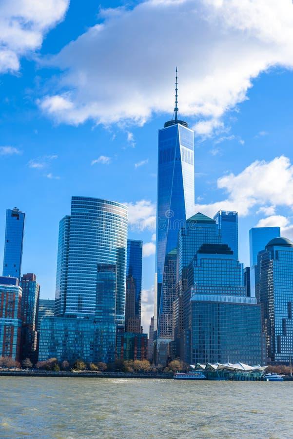 Panorama del horizonte de New York City del Lower Manhattan de Hudson River, New York City, los E.E.U.U. imagenes de archivo
