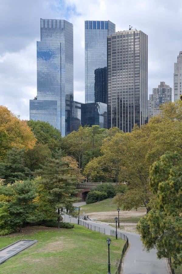 Panorama del horizonte de New York City Manhattan visto de par central fotografía de archivo