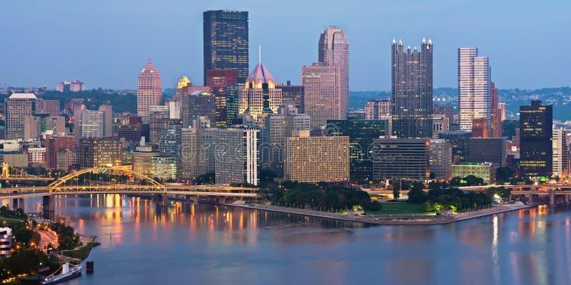 Panorama del horizonte de Pittsburgh. imagen de archivo libre de regalías