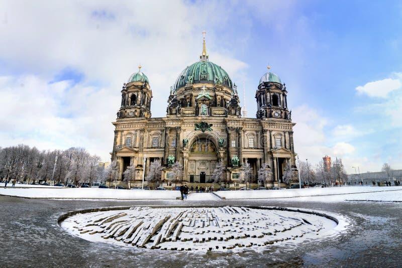 Panorama del invierno de Berlin Dom fotografía de archivo libre de regalías
