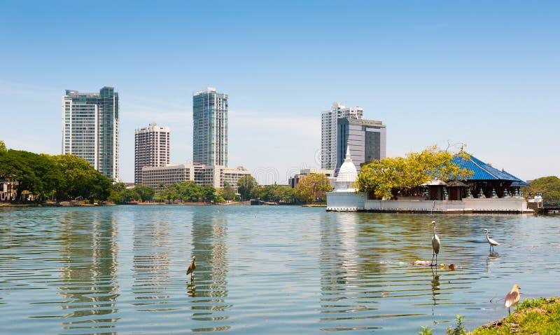 Panorama del lago beira fotos de archivo