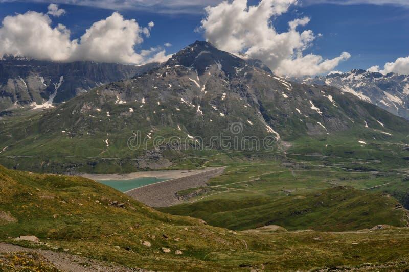 Panorama del lago Mont Cenis fotografie stock