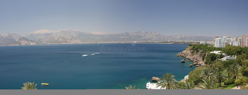 Panorama del Mediterraneo a Antalya in Turchia fotografia stock