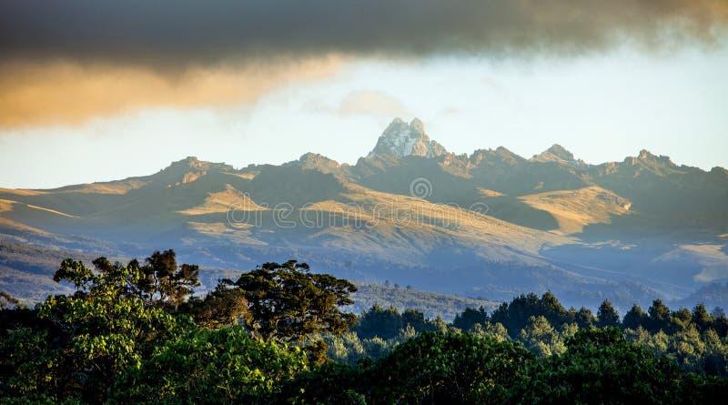 Panorama del monte Kenia fotografía de archivo