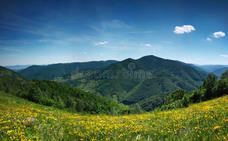Panorama del paisaje de la montaña, belleza de la naturaleza foto de archivo libre de regalías