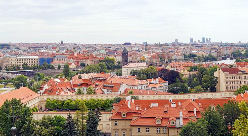Panorama del paisaje urbano de Praga imágenes de archivo libres de regalías
