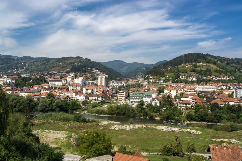 Panorama del pueblo Bijelo Polje, Montenegro foto de archivo libre de regalías