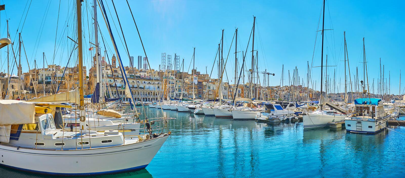 Panorama del puerto deportivo de Birgu, Malta foto de archivo libre de regalías