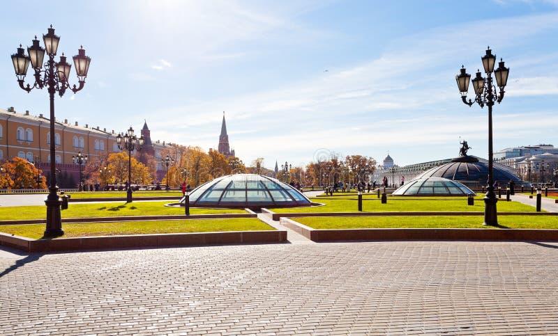 Panorama del quadrato di Manege a Mosca in autunno immagine stock libera da diritti