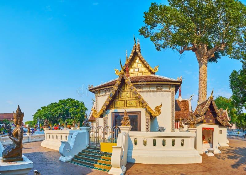 Panorama del sao Inthakin, Wat Chedi Luang, Chiang Mai, Tailandia fotografía de archivo libre de regalías