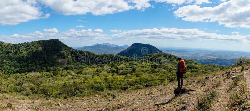 Panorama del stratovolcano de Telica en Nicaragua foto de archivo libre de regalías