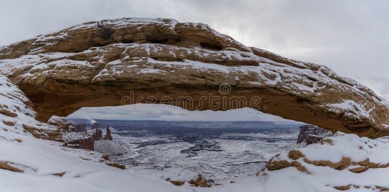 Panorama dell'arco di MESA fotografia stock libera da diritti