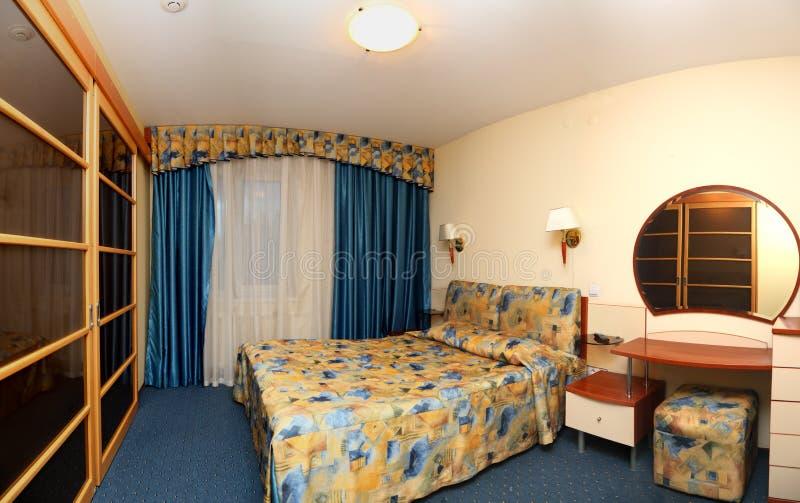 panorama dell'hotel della camera da letto fotografie stock libere da diritti