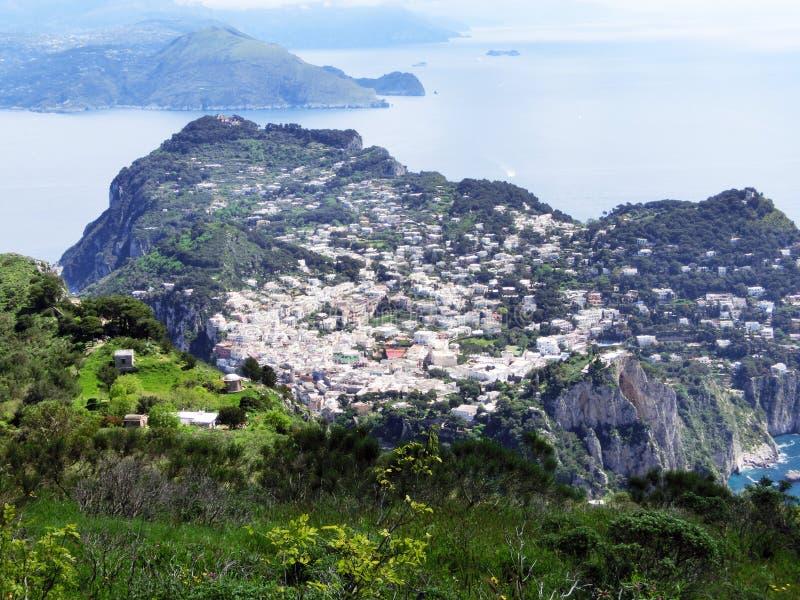 Panorama dell'isola di Capri, Italia, vicino a Napoli fotografie stock