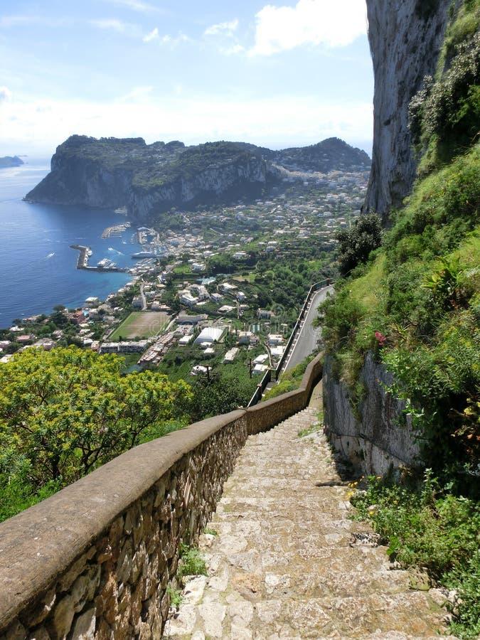 Panorama dell'isola di Capri, Italia, vicino a Napoli fotografie stock libere da diritti