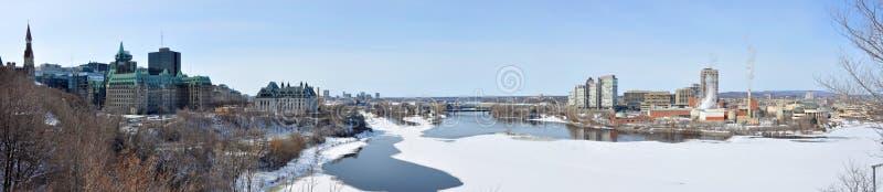 Panorama dell'orizzonte di Gatineau nell'inverno, Ottawa, Canada fotografia stock