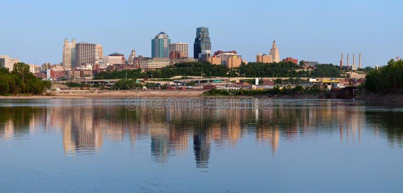 Panorama dell'orizzonte di Kansas City. fotografie stock