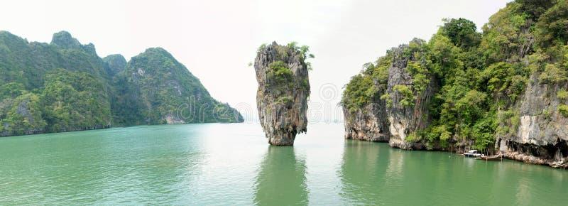 Panorama della baia dell'isola del James Bond (Ko Tapu) immagine stock