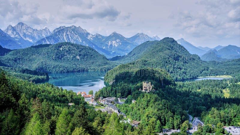 Panorama della Baviera del sud e delle alpi fotografia stock libera da diritti
