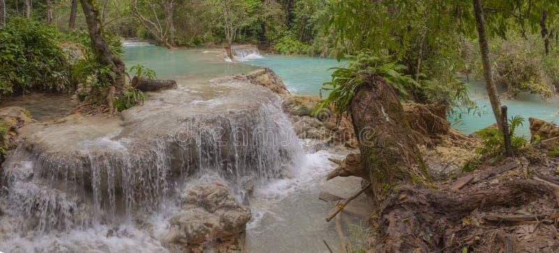 Panorama della cascata di Kuang Si fotografia stock libera da diritti