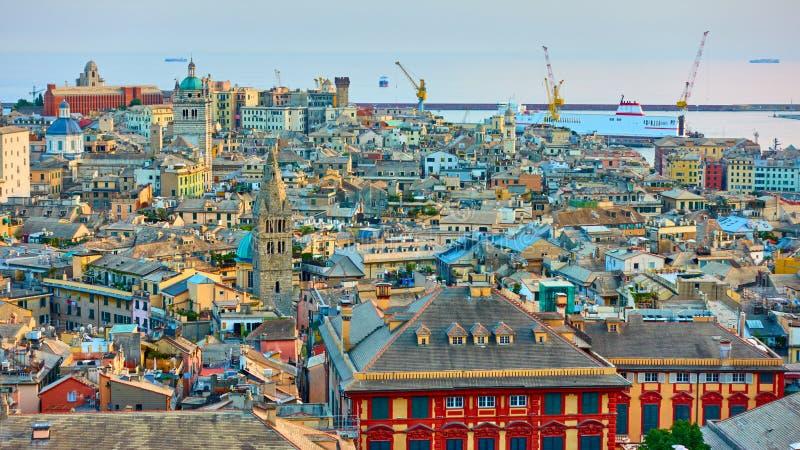 Panorama della città di Genova immagini stock libere da diritti