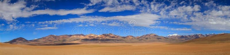 Panorama della montagna di 7 colori, Altiplano, Bolivia fotografie stock libere da diritti