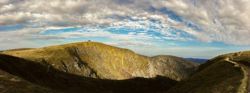 Panorama delle montagne dei Vosgi, Francia fotografie stock