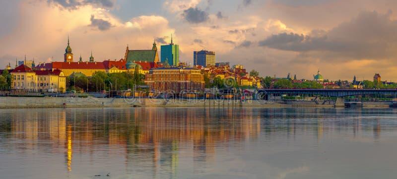 Panorama der alten Stadt in Warschau in Polen stockfotos