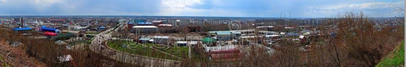 Panorama der russischen Stadt von Biysk lizenzfreies stockbild