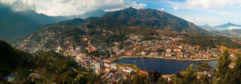 Panorama der Sapa Stadt lizenzfreie stockfotografie