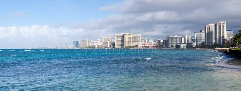 Panorama der Seefrontseite bei Waikiki stockbild