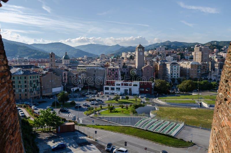 Panorama der Stadt von Savona stockbild