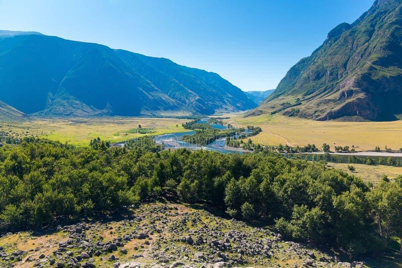 Panorama des Chulyshman River Valley vom Berg, Ulagansky-Bezirk, Altai-Republik, Russland stockfoto