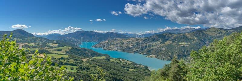 Panorama des französischen Alpes lizenzfreie stockfotos