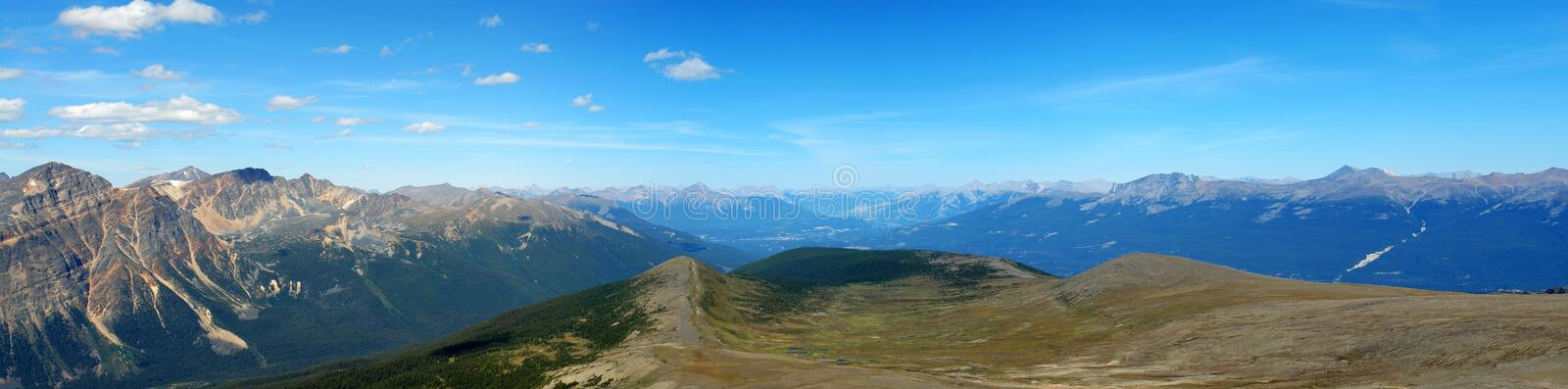 Panorama des montagnes rocheuses images stock