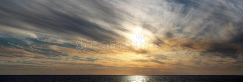 Download Panorama Des Rauchigen Sonnenuntergangs Bunbury Westaustralien Stockbild - Bild von wolke, bushfire: 27735077