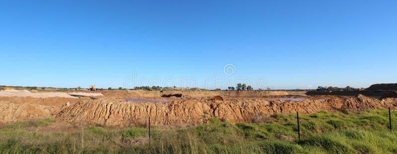 Panorama des sables minéraux de coupe ouverte extrayant à l'Australie occidentale de Dardanup. photos stock