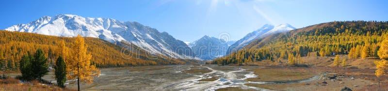 Panorama di Aktru immagini stock libere da diritti