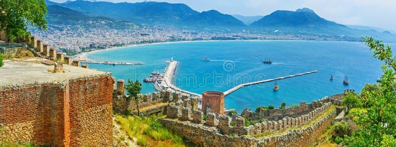 Panorama di Alanya medievale fotografie stock