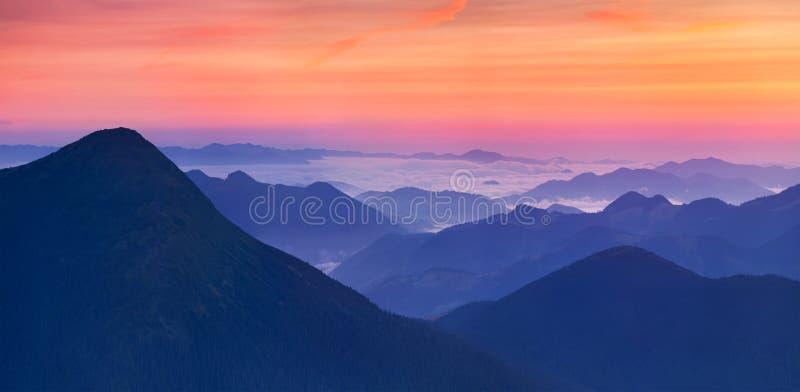 Panorama di alba immagini stock