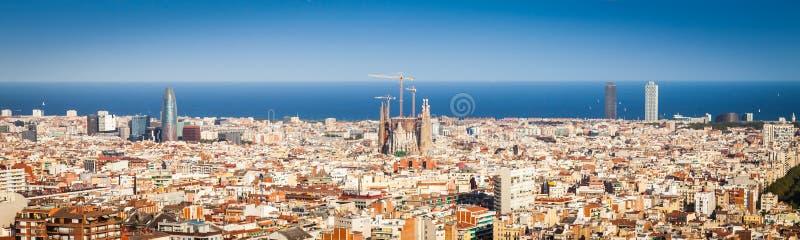 Download Panorama di Barcellona immagine stock. Immagine di gotico - 55353297